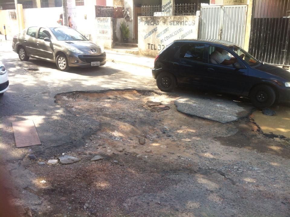 buraco-rua-da-areia