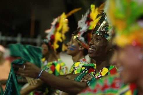 bloco-Male-de-Bale-carnaval-Salvador201403020008
