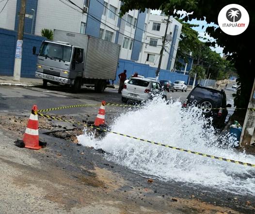 Vazamento próximo à Vila Militar. Foto: Pedro Lyrio