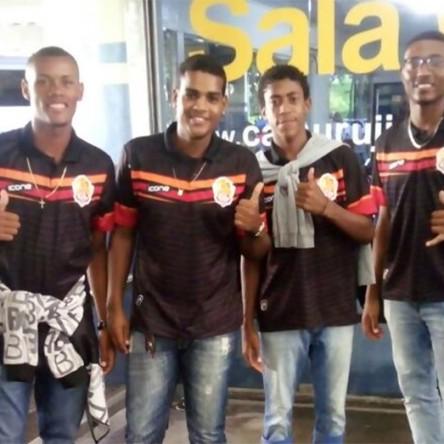 Jovens de Itapuã se destacam e irão disputar campeonato goiano de futebol